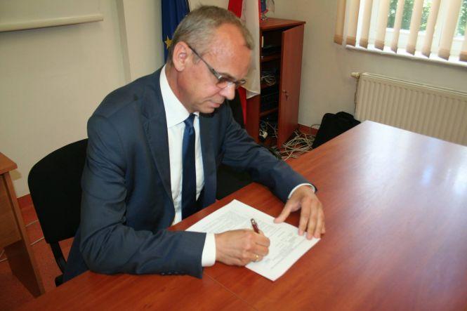 Śledztwo w sprawie podejrzenia niedopełnienia obowiązków przez burmistrza Karlina.