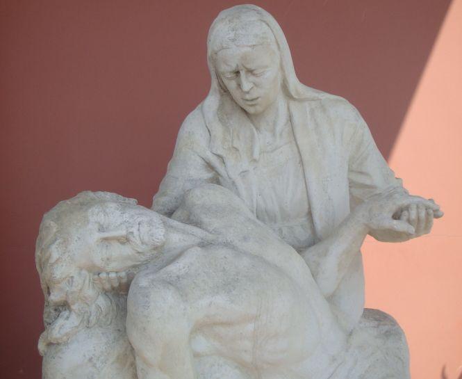 Pieta drogi krzyżowej w Sanktuarium Bożej w Gietrzwałdzie